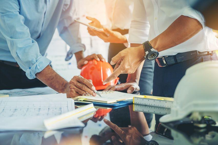 Las profesiones más demandadas en España en 2021 en la ingeniería: ¿qué formación elegir para trabajar?